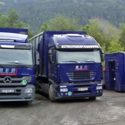 Regionale Altreifenentsorgung - Sortierung der Reifen - Lindinger